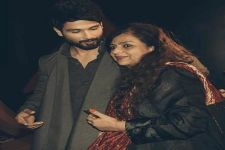 When Shahid Kapoor SAVED his Mother Neelima From a STALKER! DEETS HERE