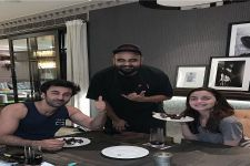 LOVEBIRDS Ranbir and Alia End their Valentine's Day in Style