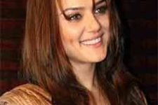 Preity doles out health tips to fans
