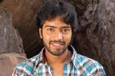 Telugu actor Naresh gets engaged