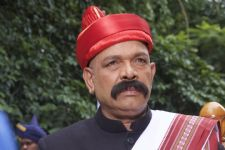 Felt a sense of pride to portray Tilak: Govind Namdev