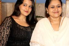 Dream to work with my daughter: Supriya Pathak