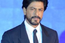 Karan, Farah are 'wannabe actors': SRK