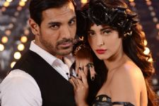 John Abraham and Shruti Haasan team up for 'Rocky Handsome'