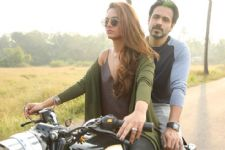 When Esha Gupta took Emraan Hashmi for a bike ride!