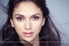 Aditi Rao Hydari doesn't mix family with work