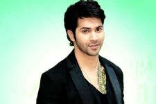 Varun Dhawan's chocolate boy image irritates him!