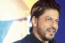 SRK refuses to comment on Ghulam Ali concert