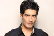 Manish Malhotra brings out royalty in Benaras, Gujarat weaves