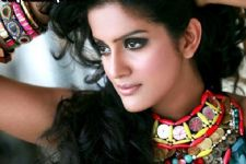 Vishakha Singh plays ghost in 'Bayam Oru Payanam'