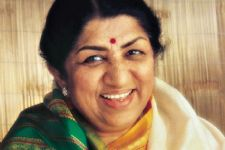Wasn't very happy with 'Aaj phir jeene ki...': Lata