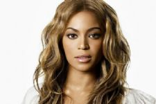 Beyonce opts for Indian designers creation again