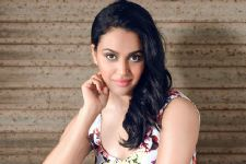 I'm a big SRK fan, would love to work with him: Swara Bhaskar