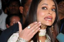 Aishwarya makes a witty remark...