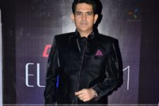 People speechless after watching 'Sarbjit': Omung Kumar