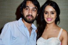 Shraddha, Siddhanth to play Dawood-sister duo in 'Haseena' biopic