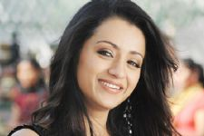 Trisha still front-runner for 'Queen' Tamil remake