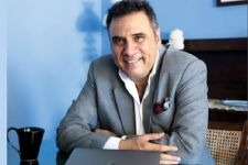 Boman Irani becomes Grandfather, welcomes his first Grandchild
