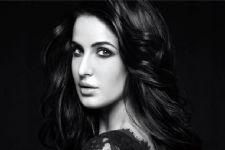 Katrina Kaif now on Facebook!