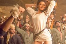 Jacqueline's 'Sau Tarah Ke' becomes a party anthem