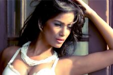 Poonam Pandey all set with her new video for her fans