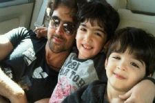 Guess who joined Hrithik Roshan's children to watch 'Mohenjo Daro'?