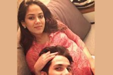 Aww: Shahid Kapoor shares FIRST pic with pregnant wife Mira