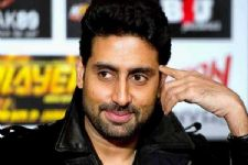 Abhishek Bachchan's gives an amusing reply to comedian who mocked him!