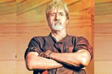 Checkout who is the VILLAIN of Sarkar 3!