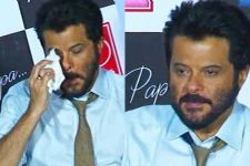 Anil Kapoor breaks down