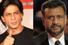 SRK wishes Anubhav Sinha best of luck for 'Tum Bin 2'
