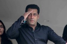 CONFIRMED: Salman Khan's family will not move out of family home!