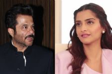 What! Is father Anil Kapoor a hurdle to Sonam's Bollywood career?