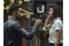 BREAKING: Karishma Tanna- Upen Patel spotted FIGHTING on the STREETS
