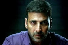 INTRUDER caught in Akshay Kumar's house!
