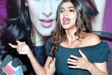 Sonam Kapoor hits out on Varun Dhawan and John Abraham