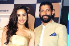 #Gossip! Farhan prefers Shraddha Kapoor over 'BEST FRIENDS'!