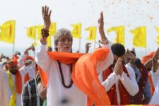 Big B sings Ganesh aarti in 'Sarkar 3'