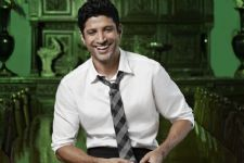 Farhan Akhtar to release an independent music album!