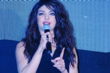 Priyanka SPEAKS about Indian celebs opting for International designers