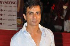 It's tough to survive in Bollywood: Sonu Sood