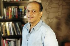 Ashutosh Gowariker to announce his next project soon