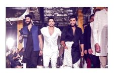 Arjun Kapoor joins Varun Dhawan impromptu on ramp