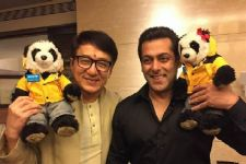 When Salman HALTED 'Tubelight' shoot for Jackie Chan!