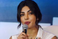 Priyanka Chopra speaks up on 'Ban on Muslim countries' by Donald Trump