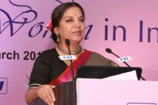 Shabana Azmi lays stress on vaccine for diarrhea