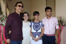 Vidhu Vinod Chopra's daughter pens poem on exam pressure