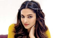 Deepika denies doing remake of 'Mr & Mrs. Smith'