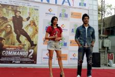Vidyut & Adah entertain their fans during 'Commando 2' promotions