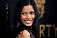 #Respect:Freida Pinto fed 800 people from the left over food at Oscars